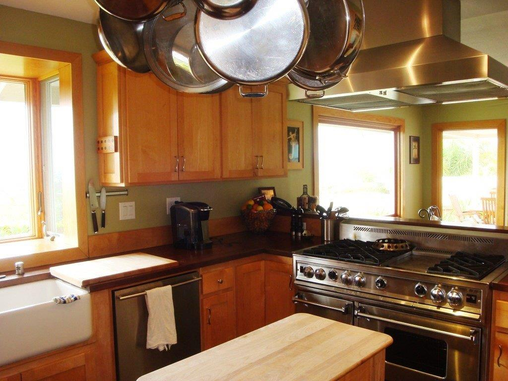 Kitchen of the Oceanview Property at 402 Calle Miguel
