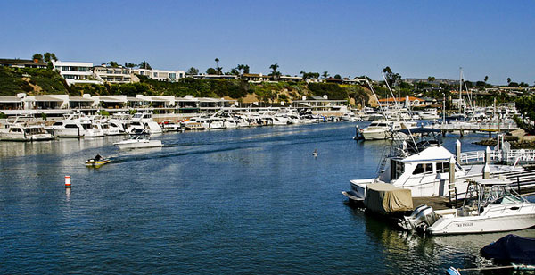 Balboa Marina - Image Credit: https://www.flickr.com/photos/varintsai/3861758364/