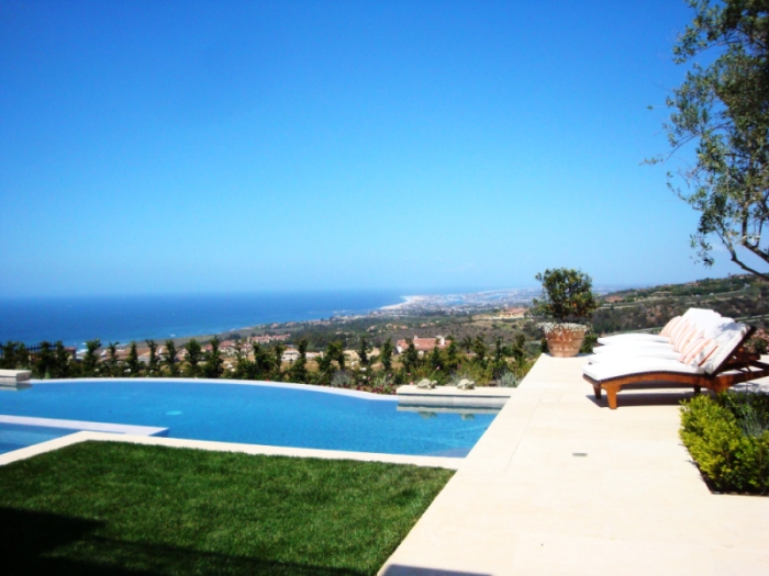 Crystal Cove Homes & Properties for Sale