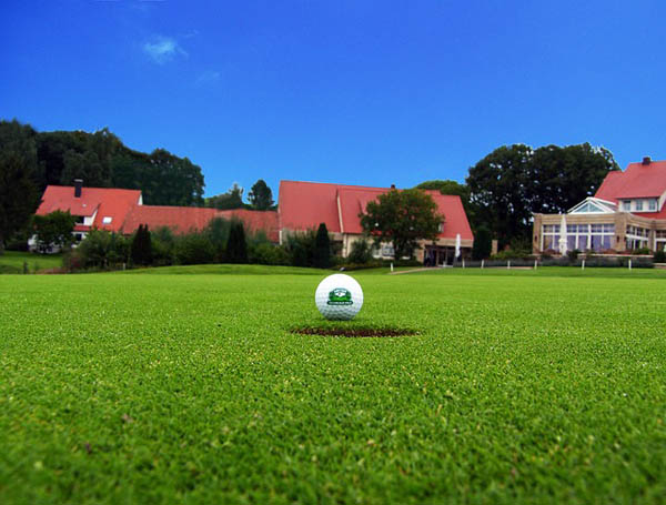 Golf - Image Credit: http://pixabay.com/en/users/Manfred_WW-212324/