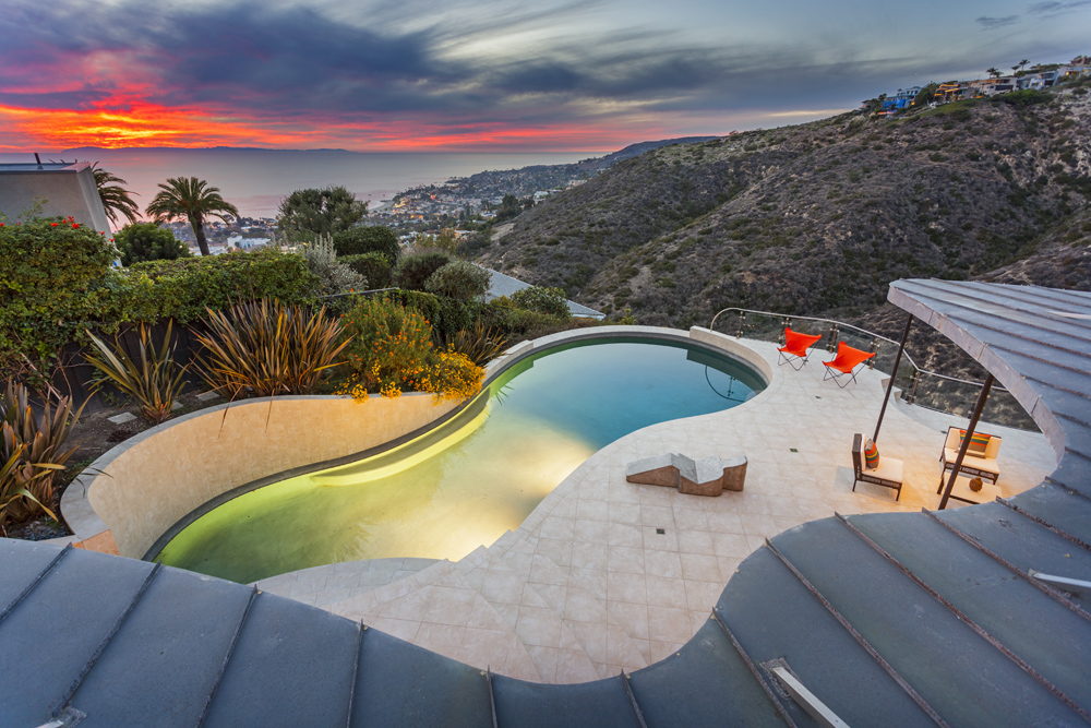 Contemporary real estate homes for sale in laguna beach ca for Houses for sale laguna beach