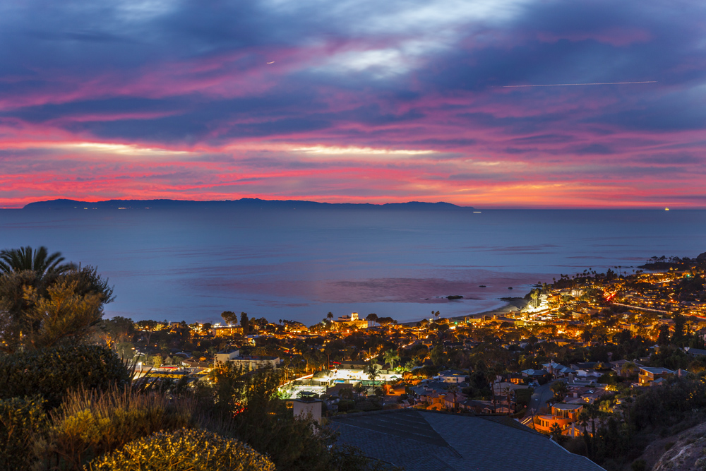 Ocean views real estate homes listed for sale in laguna for Beach house view